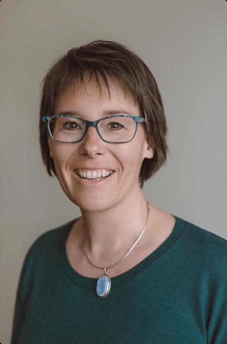photo portrait de Janick Biselx-Menétrey, médiatrice familiale et coach en co-parentalité à Martigny, Valais, Suisse